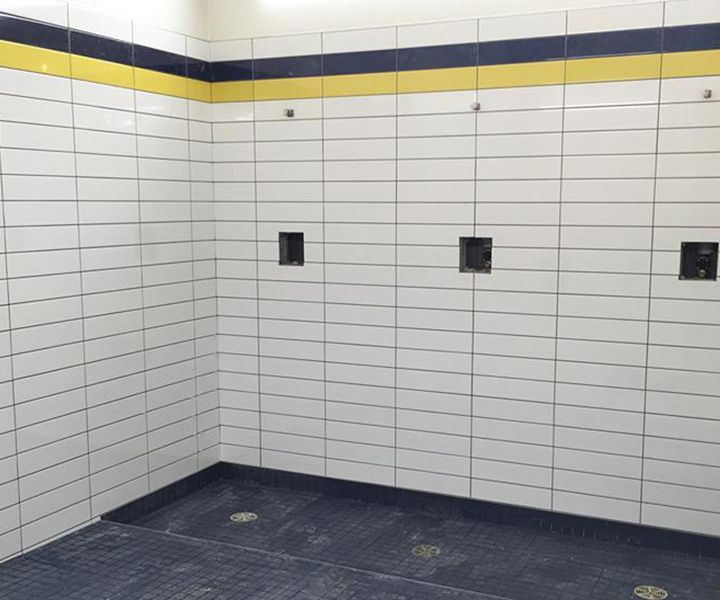 Projet institutionnel de carrelage de douche