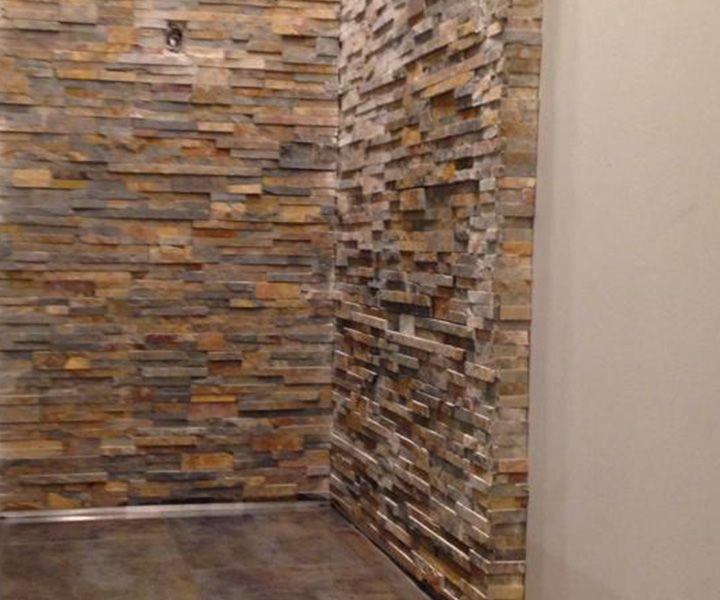 Projet de pose de pierres sur un mur